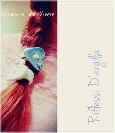 Cuori - Hearts. HAIR TIES HANDMADE . Elastici per capelli a cuore. Ceramica modellata a mano.