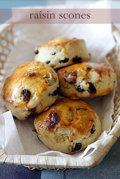 If you like raisins and scones. You will love this simple, irresistible, and delicious raisin scones recipe. These raisin scones are to die for.   rasamalaysia.com