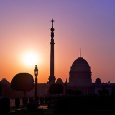 Silhouette of the 'Rashtrapati-Bhavan' [Presidential Palace], New Delhi, India - Flickr - Photo Sharing!