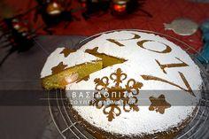 Βασιλόπιτα σούπερ αρωματική. Μία από τις πιο μυρωδάτες βασιλόπιτες που φτιάξαμε ποτέ! Birthday Cake, Desserts, Recipes, Food, Birthday Cakes, Deserts, Dessert, Rezepte, Meals