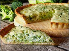 Tarta de Brócoli . Masa de la tarta: Harina 0000 250 g Sal 1 pizca Manteca 125 g Agua helada 40 cc Relleno: Aceite 2 o 3 cucharadas Cebolla 1 Brócoli co