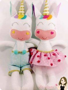 Risultati immagini per molde unicornio em feltro Felt Dolls, Doll Toys, Baby Dolls, Unicorn Birthday, Unicorn Party, Unicorn Doll, Unicorn Crafts, Felt Patterns, Sewing Toys