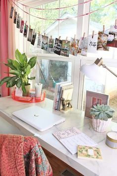 Colorful Bohemian Office and Playroom Design Decoration Hall, Decoration Bedroom, Dorm Decorations, Diy Room Decor, Home Decor, Cute Desk Decor, Cute Office Decor, My New Room, My Room