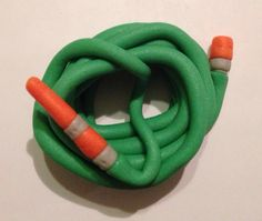 Hose pipe part of garden fondant cake topper set - by Le Gâteau