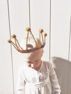 DIY Sparkle Party Crown by @kelly frazier Murray
