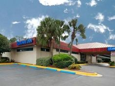 Jacksonville (FL) Rodeway Inn & Conference Center United States, North America Rodeway Inn & Conference Center is conveniently located in the popular Westside area. The hotel offers a wide range of amenities and perks to ensure you have a great time. Service-minded staff will welcome and guide you at the Rodeway Inn & Conference Center. Guestrooms are fitted with all the amenities you need for a good night's sleep. In some of the rooms, guests can find air conditioning, heatin...