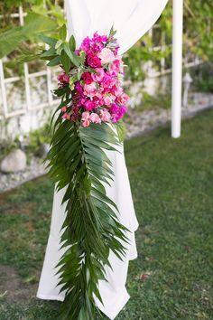 Tropical Palm Springs wedding | Wedding & Party Ideas | 100 Layer Cake