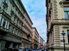 wien / austria - photo by koto serdar bulgu Neoclassical Architecture, Vienna, Baroque, Austria, Multi Story Building, Street View, Photos, Pictures, Photographs