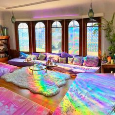 Rainbow Room Prism Decor Inspiration Rainbow Room Prism Decor Inspiration Sydney sydmcv Apartment 20 Different colors of light have proven to have subtle effects on nbsp hellip Room with lights hipster Rainbow House, Rainbow Room, Rainbow Light, Dream Rooms, Dream Bedroom, Room Ideas Bedroom, Bedroom Decor, Aesthetic Room Decor, Cool Rooms