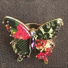 RAREBetsy Johnson Butterfly Ring Slight tarnishing on the ring. Other than that great condition. Very collectible and expensive right now. No trade; no lowball pls. Betsey Johnson Jewelry Rings