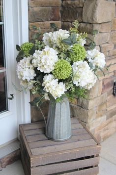 Rustic Farmhouse: Extra Large Centerpiece Creamy by SimplyStems