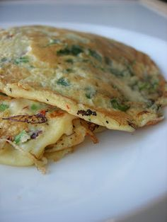 Almost Turkish Recipes: Turkish Omelette (Kaygana) - paleo breakfast - Turkish Breakfast, Paleo Breakfast, Breakfast Recipes, Omelettes, Turkish Recipes, Ethnic Recipes, Romanian Recipes, Scottish Recipes, Asian Recipes
