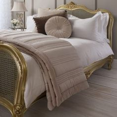 This wonderful Taupe Ashby Quilted Bedspread is a welcomed new addition to our range of bedding accessories Shabby Chic Bedroom Furniture, Chic Bedding, Shabby Chic Bedrooms, Bedding Sets, Copper Bedroom, Quilted Bedspreads, French Furniture, Quilt Cover Sets, Classic House