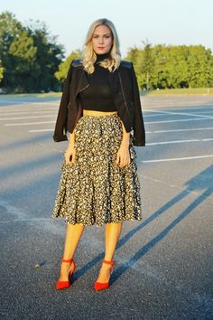 B SOUP ruffled midi skirt, crop top, turtleneck, red d'orsay heels, fall style, moto jacket, street style #ootd #outfit #blogger