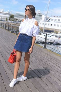 Shoulder white blouse (via Bloglovin.com )