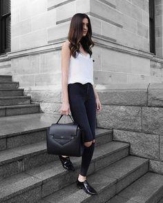 Yes or YAY? Crossboday bag via @camelia_roma - ph. by @ashleighdmello