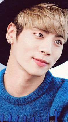 Zu den beliebtesten Tags für dieses Bild zählen: Jonghyun, kpop, SHINee, kim jonghyun und korean boy
