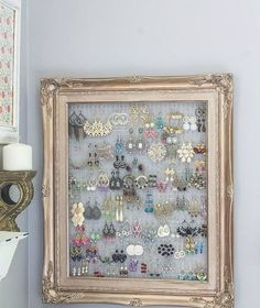 What can you do with a 1 frame and a bit of chicken wire, bedroom ideas, art . # chicken wire # artWhat can you do with a 1 frame and some chicken wire, bedroom ideas, art .DIY Projects DiyCraftsone DIY Crafts What can you do Jewellery Storage, Jewelry Organization, Earring Storage, Organization Ideas, Closet Organization, Earring Display, Jewellery Stand, Organizing Earrings, Jewellery Displays