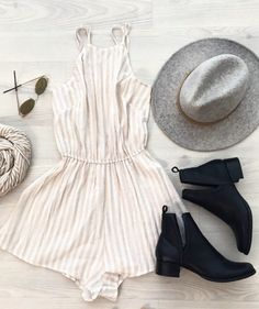 Cream striped romper/gray hat/black booties