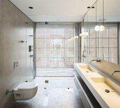 house-in-bonfim-by-azo-sequeira-arquitectos-porto-portugal-_dezeen_936_20