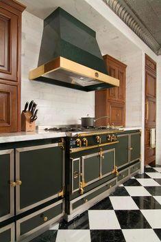 La Cornue: Exclusive Artisanal Kitchen Ranges Made In France La Cornue, Home Decor Kitchen, Kitchen Interior, Kitchen Furniture, Luxury Kitchens, Home Kitchens, Artisan Kitchen, Devol Kitchens, Vintage Stoves