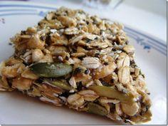 5 minute No Bake peanut Butter Granola Bars---healthy snack! Granola Bars Peanut Butter, No Bake Granola Bars, Healthy Granola Bars, Homemade Granola Bars, Healthy Snacks, Healthy Eating, Vegan Granola, Oat Bars, Granola Nutrition