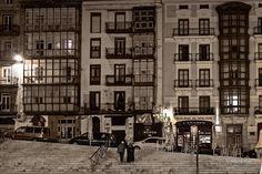 Calle Gómez Oreña - Calle Gómez Oreña, junto a la plaza Cañadío en Santander. Gómez Oreña street, near Cañadio square in Santander. #Cantabria #Spain