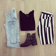 OUTFIT: denim vest, black top, striped vertical black and white pants, cut out boots Only Fashion, Dark Fashion, Grunge Fashion, Teen Fashion, Love Fashion, Fashion Outfits, Teenager Fashion, High Fashion, Eleanor Calder Outfits