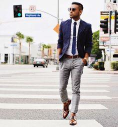 checked trousers gray shade blue tie sakko brown leather shoes shiny street traffic pedestrian walkway rnrnSource by theologostsokas Grey Pants Brown Shoes, Grey Pants Outfit, Blazer Outfits, Checked Trousers, Grey Trousers, Suit Up, Suit And Tie, Navy Blazer Men, Navy Blazers