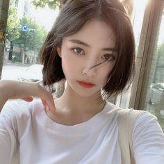 Shadow Face, Korean Short Hair, Tomboy Hairstyles, Shot Hair Styles, Ulzzang Korean Girl, Rocker Girl, Grunge Girl, Cute Girl Photo, Girl Short Hair