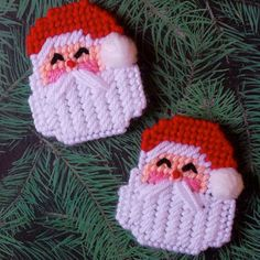 """Plastic Canvas: Santa Magnets (set of 2) -- """"Ready, Set, Sew!"""" by Evie (on Etsy)"""