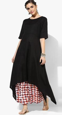 Buy Rangmanch By Pantaloons Black Solid Cotton Asymmetric Kurta online in India at best price.Adding a hint of style to your ethnic look is this black kurta from Rangmanch by Pantaloons. Plain Kurti Designs, Kurti Neck Designs, Kurta Designs Women, Kurti Designs Party Wear, Stylish Dresses For Girls, Stylish Dress Designs, Designs For Dresses, Long Kurti Patterns, Black Kurti
