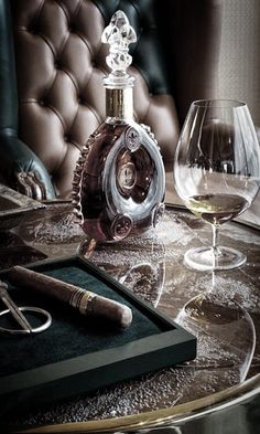 Delicious and Gorgeous full bodied Cognac. Marvelous!