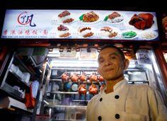 Vendedor de comida de rua em Cingapura ganha estrela Michelin
