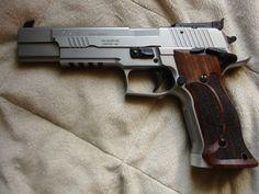 SIG-Sauer X-Six. Weapons Guns, Guns And Ammo, Sig Sg 550, Sig Sauer P226, Firearms, Shotguns, Revolver Pistol, Home Defense, Hunting Rifles