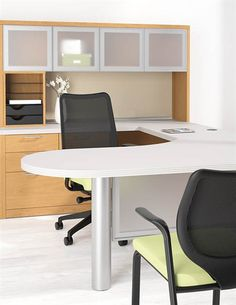 {Signature style. Versatile selection.} Check out HON's new Valido options to personalize your space! Learn more at www.hon.com