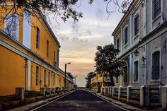 Peopless empty view of Pondicherry  Like us & Stay connected  Want to get your Photo/Video published here, mail us at  pondytourismofficial@gmail.com  #Pondicherry #Puducherry #Pondytourism #PONDYing