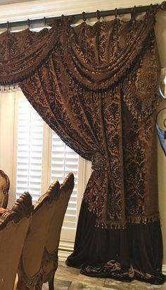 Customized Luxury Bedding And Window Treatments