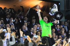 Iker Casillas celebrates with the trophy after winning the Copa del Rey Final between Real Madrid CF and FC Barcelona at Estadio Mestalla on April 16, 2014 in Valencia, Spain.