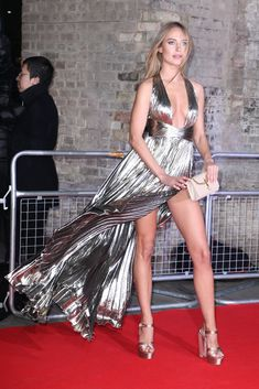 Kimberley Garner at the Naked Heart Foundation gala Great Legs, Beautiful Legs, Beautiful Dresses, Satin Dresses, Sexy Dresses, Kimberley Garner, Hot Blondes, Sexy Legs, Sexy Outfits