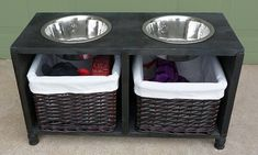 You can save a bit of time and effort by repurposing a shelf or a cubby into a stand for your dog's food and water bowls instead of building the whole thing from scratch. Dog Feeding Station, Pet Station, Dog Food Container, Food Containers, Dog Storage, Dog Organization, Dog Bowl Stand, Diy Dog Toys, Dog Furniture