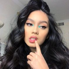 10 Summer 2019 Makeup Trends You Need To Get On Board With 10 make-up trends for the summer of 2019 you need to get on board – UK Lemy Beauty, Beauty Make-up, Beauty Hacks, Hair Beauty, Beauty Bar, Beauty Ideas, Beauty Women, Makeup Inspo, Makeup Inspiration