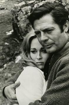 """Marcello Mastroianni e Faye Dunaway. La loro love story coincise con il film """"Amanti"""" (1968)"""