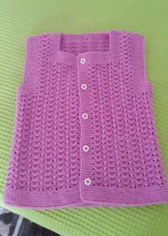 Openwork Child Vest Making in Sea Wave Sample. Vest Pattern, Top Pattern, Barbie Games For Girls, Nike Md Runner 2, Baby Dress Patterns, Crochet Quilt, Baby Vest, Fashion Project, Man Fashion