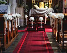 Dekoracje kościoła - Droga do ołtarza http://www.chabryimaki.com/realizacje/dekoracje-kosciola/