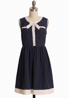 Graduation: Picture Perfect Bow Dress | Modern Vintage Look 8 | Modern Vintage Paper And Ink