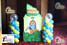 Blue and yellow balloons, streamer or confetti cant go wrong when the theme is Krishna! 1st Birthday Parties, Birthday Celebration, Boy Birthday, Birthday Ideas, Krishna Birthday, Little Krishna, Party Organisers, Yellow Balloons, Thing 1