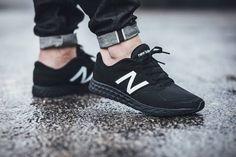 A blog about footwear,shoes, sneaker ,sneakers ,kicks, nike ,fashion ,style, streetwear, sporty, men fashion, men shoes, fitness, workout
