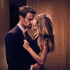 New shot of Theo and Anna Ewers for HUGO BOSS: The Scent Intense promotional campaign!  (©) hugoboss on IG