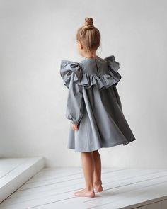 ✨Платье в стиле Baby Doll ,в сером цвете  • Состав: 100% хлопок. • Цвета: нежно-розовый, серый, чёрный. • Цена: 6000. • Размеры в наличии: 98,104,110,116. • Все вопросы и оформление заказа в W/A : +79126365902  (Надежда) или Direct ( Администратор Валентина). #miko_D0036 #conceptkidswear #forkids #withlove #miko_kids #❤️ #платьядлядевочек #clotheslikefeelings
